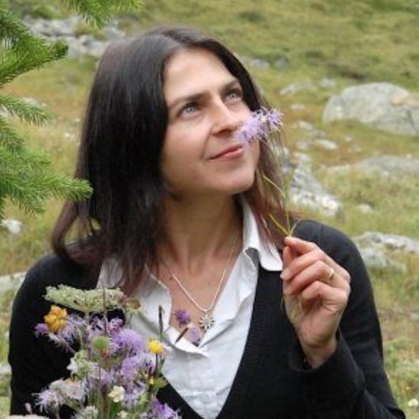 Bibi Bigler, Parfumeurin